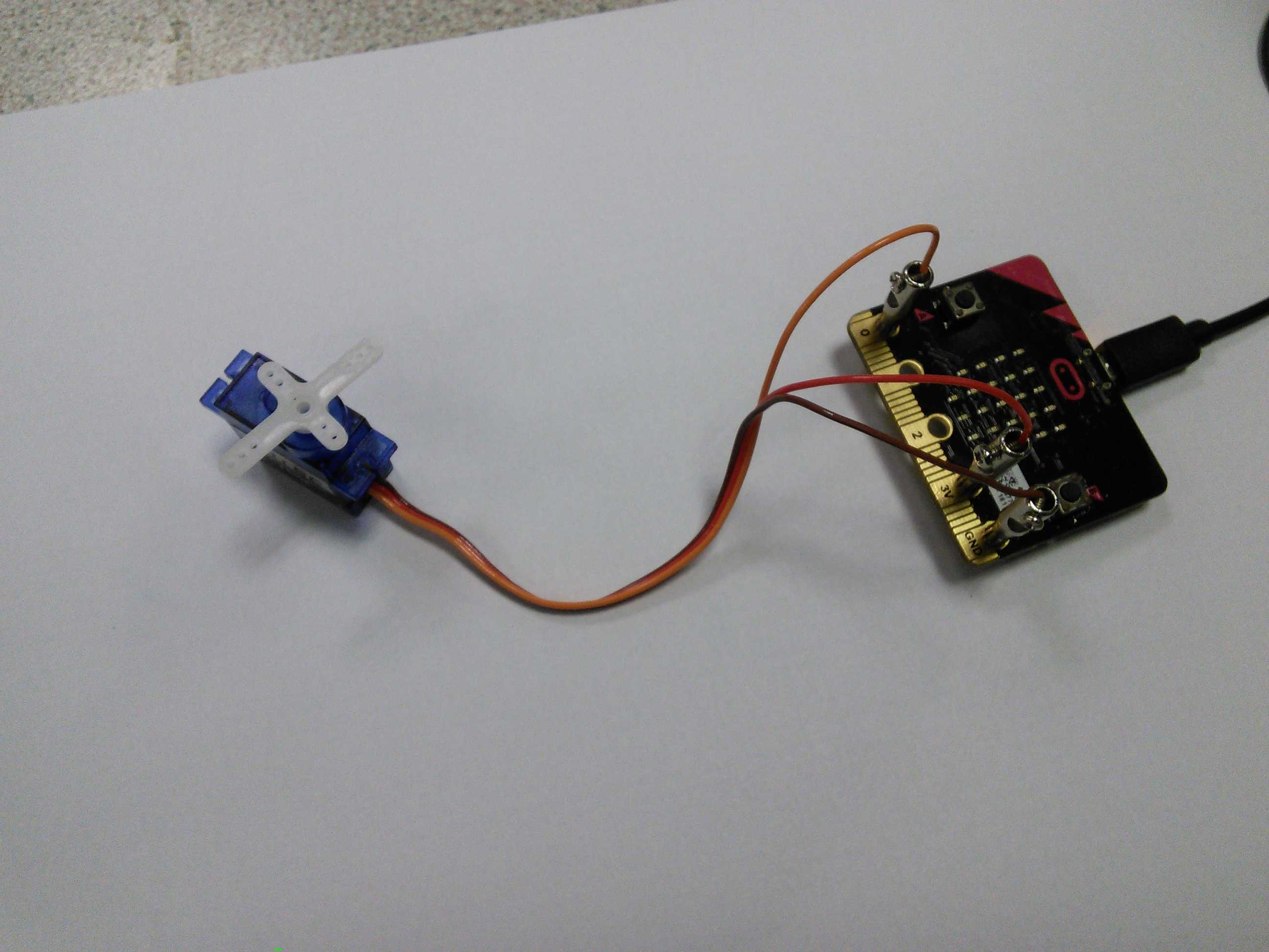 Microbit How To Control Servos Learnlearncouk Servo Wiring Red Black White With Connected Using Banana Plugs Standard Wire